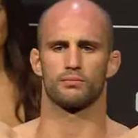 Volkan Oezdemir (No Time)