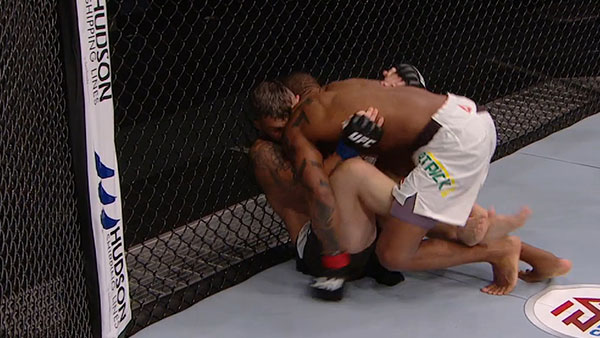 Alan Patrick Silva Alves contre Damien Brown