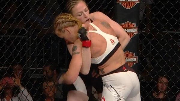 Sarah Kaufman vs. Valentina Shevchenko