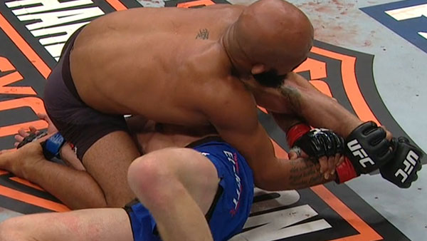 Demetrious Johnson contre Tim Elliott