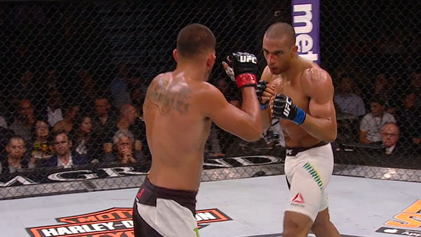 Anthony Pettis contre Edson Barboza