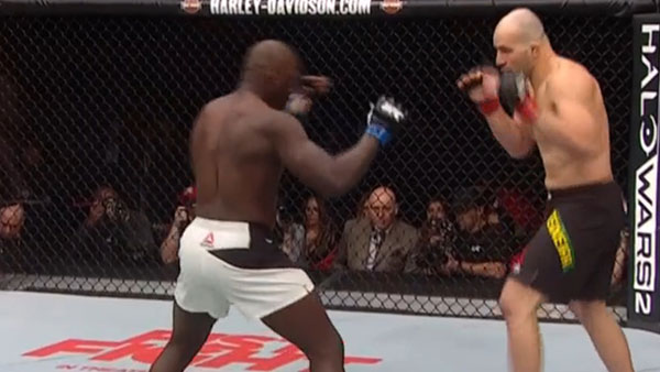 Glover Teixeira contre Jared Cannonier