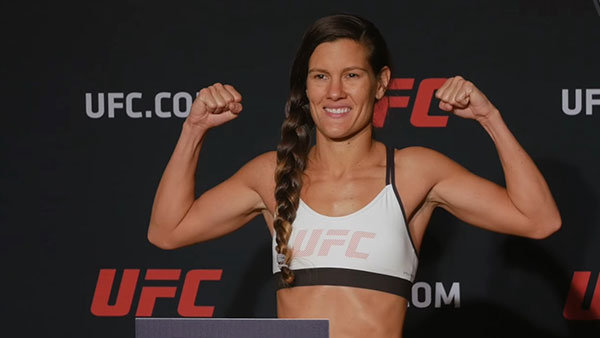 Jessica Aguilar contre Cortney Casey